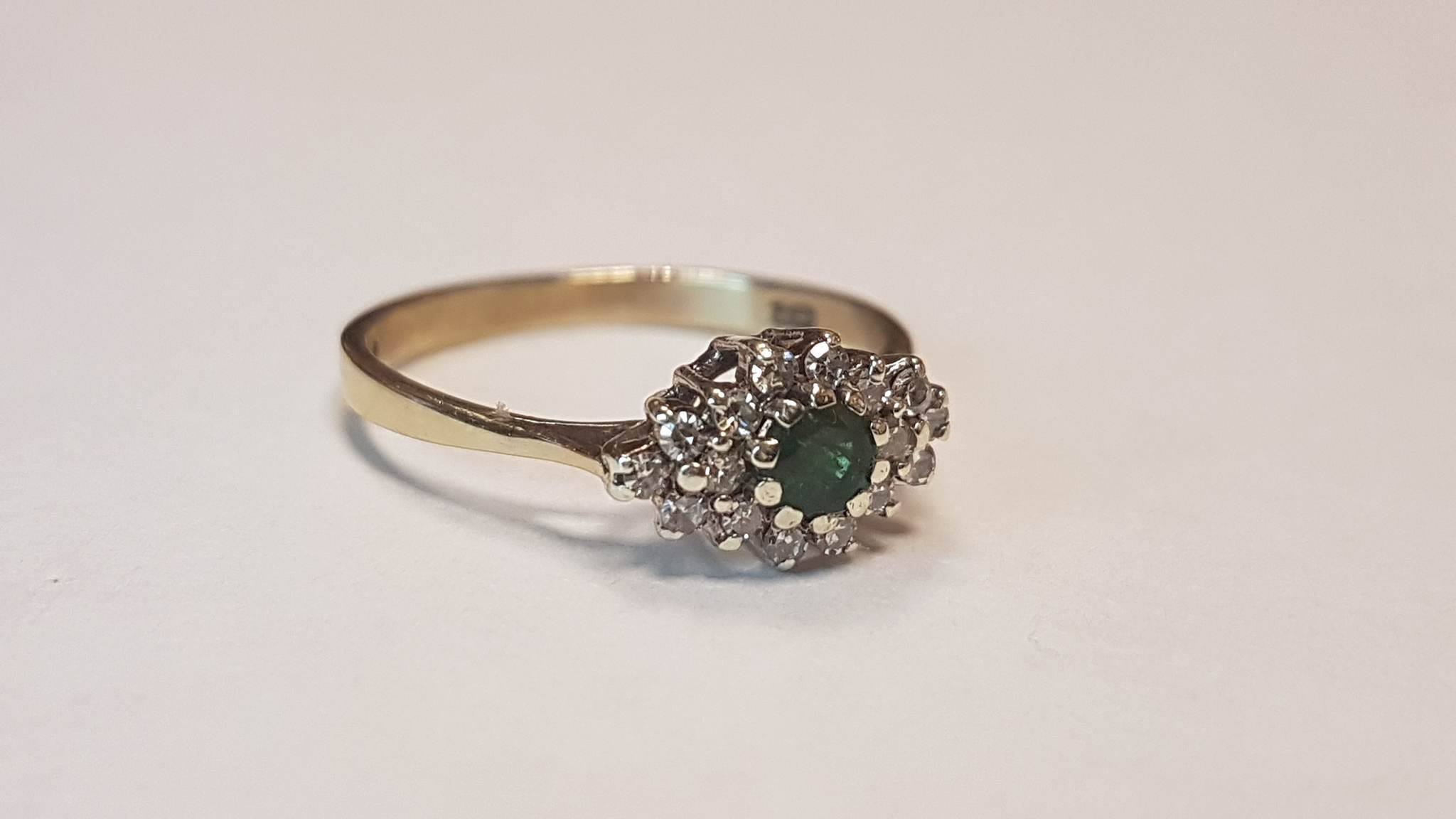 9 Carat Yellow Gold Ring with Emerald & Diamond Cluster Cheque
