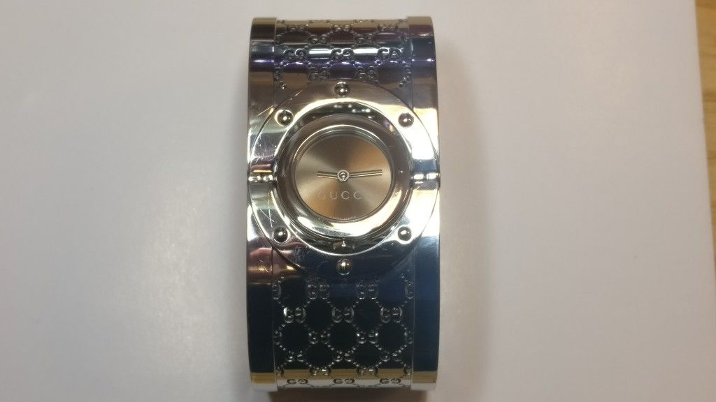1afddb78e57 Gucci Twirl ladies  stainless steel watch (RRP £699) - Cash Express ...