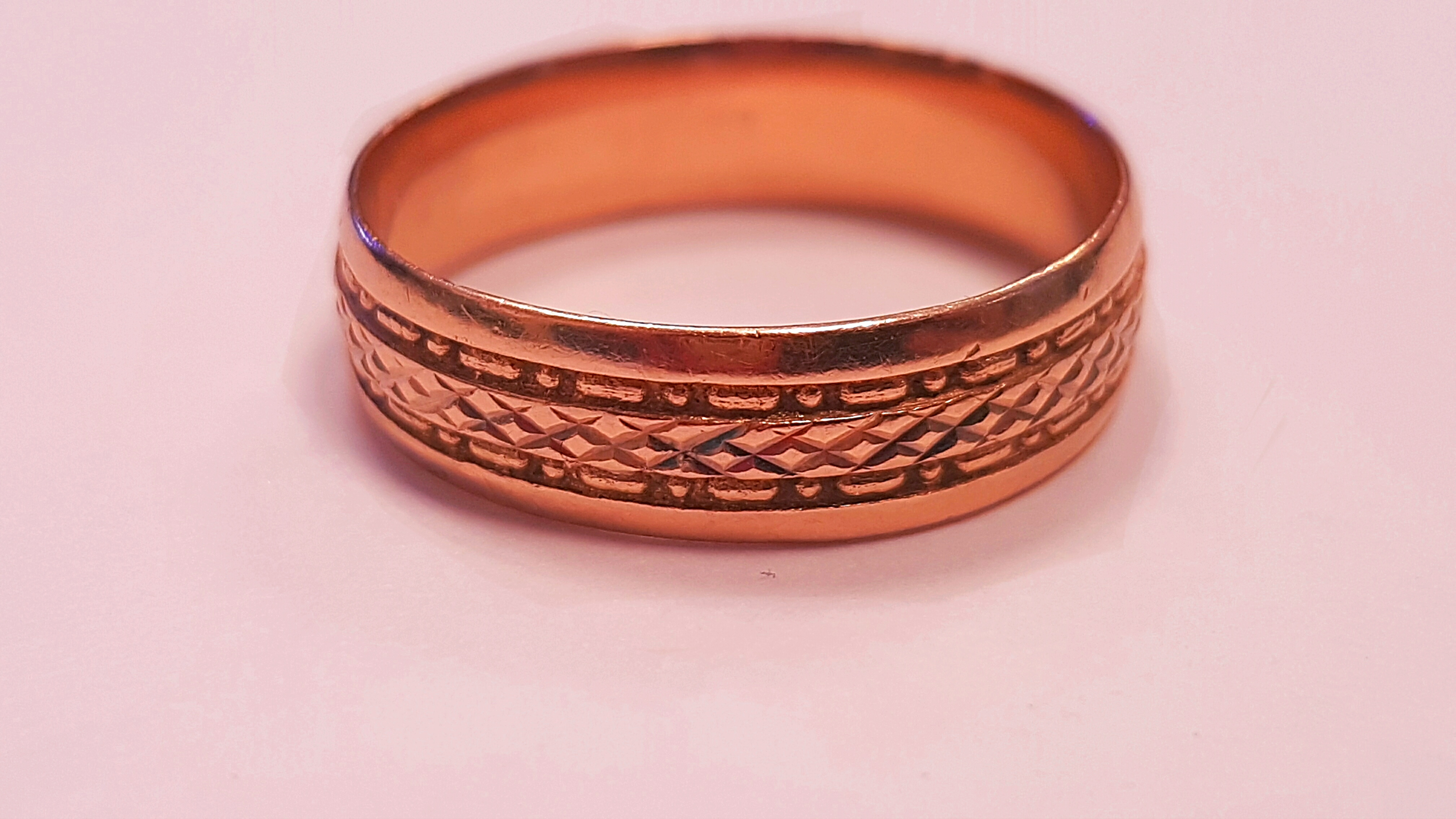 STOLEN!! 14carat Rose Gold Men\'s Wedding Band - Cash Express Repair ...